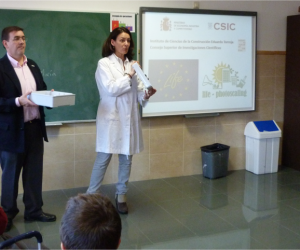 Isabel Martínez and Ángel Castillo present LIFE Photoscaling project in Colegio Sagrados Corazones